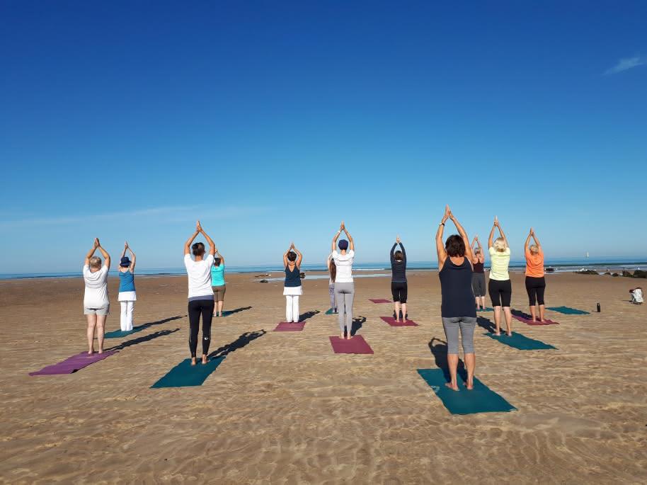 yoga sur mer