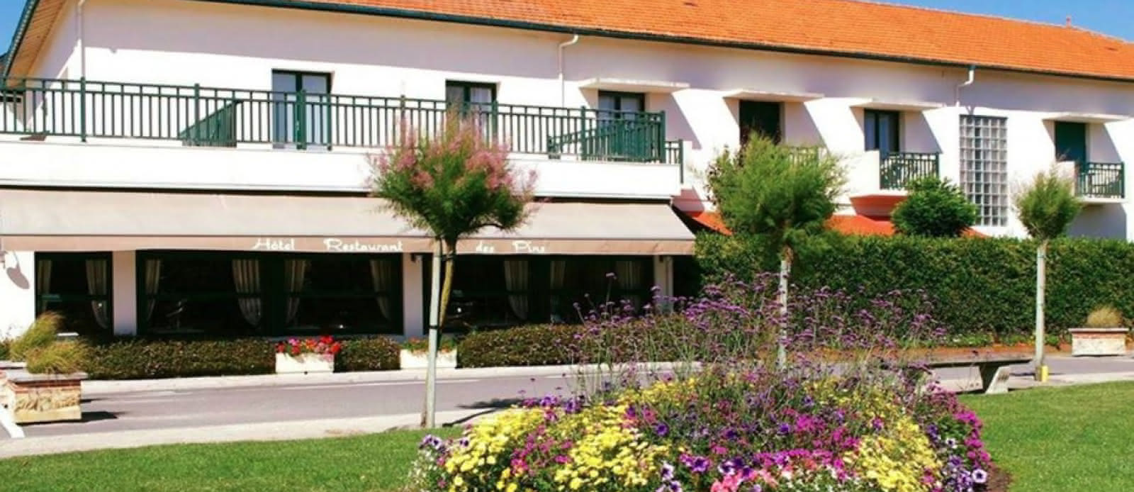 Hotel-Les-Pins-4