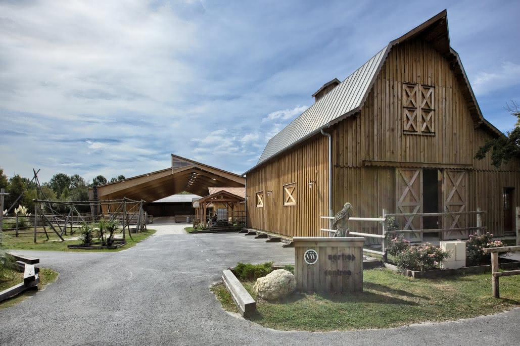 Barns_carriere_villagewesternhourtin_Ph O.Boisseau